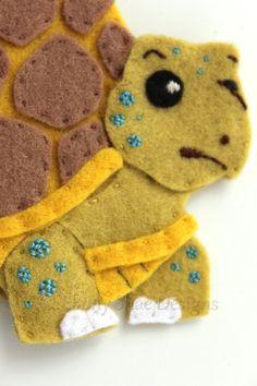 Felt Tortoise Finger Puppet Pattern. INSTANT DOWNLOAD by EbonyShae