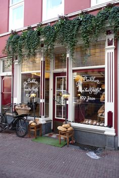 Bakery in Arnhem, The Netherlands . best bakery ever Wonderful Places, Beautiful Places, Places Ive Been, Places To Go, Building Front, Holland Netherlands, Shop Fronts, The Good Place, Dutch