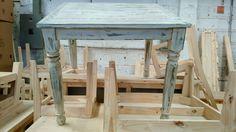 Cada mueble es fabricado con madera de pino, nuestros diseños cuentan con un toque elegante, chic y vintage combinados con colores para todo tipo de espacios. Contacto: Cel/whatsapp: 2226112399