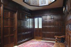Hallway – Home Decor Designs Painted Paneling Walls, Wood Panel Walls, Wood Paneling, Wall Panelling, Georgian Interiors, Vintage Interiors, Georgian Homes, Tudor Decor, Roof Lantern