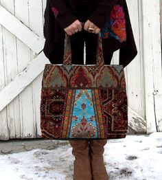 Vintage tapestry carpet bag by Justbepurses on Etsy