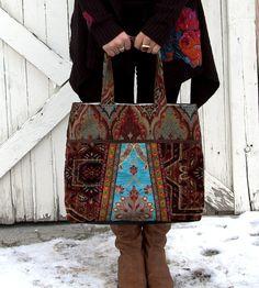 Vintage tapestry carpet bag by Justbepurses on Etsy