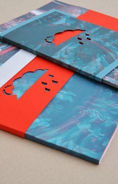 Micro edition © The graphic board - - Portfolio Covers, Portfolio Book, Portfolio Layout, Portfolio Ideas, Design Retro, Web Design, Layout Design, Booklet Design, Brochure Design
