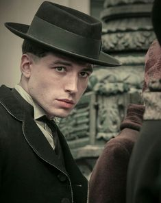 Credence Barebone, Ezra Miller, Challenge Accepted, Beautiful Person, Fantastic Beasts, New Movies, Monsta X, Drawing Ideas, Namjoon