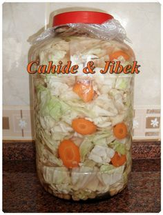 Lahana turşusu Cheese Recipes, Appetizer Recipes, Cooking Recipes, Sauerkraut, Outdoor Party Appetizers, Turkish Recipes, Ethnic Recipes, Greek Cooking, Middle Eastern Recipes