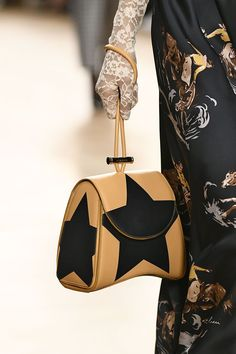 New Bag Trends from Paris Fashion Week - All the Best Bags from Paris Fashion Week Fall 2017