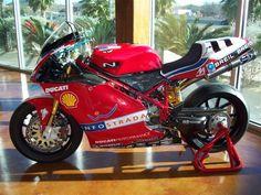 Xaus 2002 998 F02. (ducati.ms)