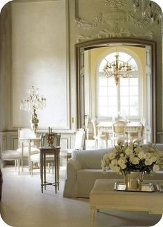 Tone on tone & textures speak volumes to create drama in a chateau.