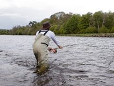 Fly Fishing on the River Dee Luxury holiday Cottages - www.rivercatcher.co.uk/things-do-north-wales-snowdonia
