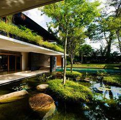 Fotos de fachadas e jardins