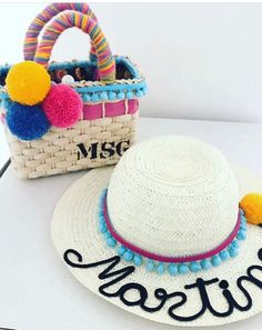 Best Beach Bag, Beach Bucket, Crazy Hats, Girls Bags, Summer Bags, Knitted Bags, Diy Tutorial, Hand Embroidery, Straw Bag