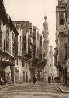 """Egypt, old Cairo: this street passes beneath the Aksunkor Mosque, called el-Azrak, """"the blue"""", for its vibrantly coloured tiles Architecture Unique, Islamic Architecture, Old Egypt, Ancient Egypt, Islamic World, Islamic Art, Old Pictures, Old Photos, Monuments"""