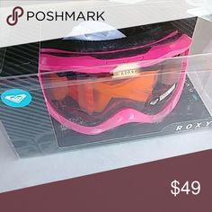 d5edf5edef54 🗻🗻🗻ROXY SUNSET SKI SNOWBOARD GOGGLES🗻🗻🗻 Brand new in box. Poshmark