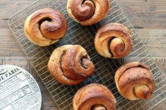 Brioche Cinnamon Rolls_top
