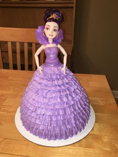 Descendants Mal Doll Ruffle Cake