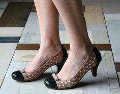 Brown polka dots - soo cute