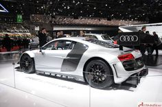 Audi R8 LMS ultra - amazing showroom pictures from this amazing Audi. produced between 2013 and 2015, this staggering beauty is a beast on the track: check the full technical specifications and the image gallery for further information on the car