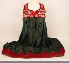 hallingbunad Norway, Folk, Museum, Textiles, Summer Dresses, Fashion, Hipster Stuff, Culture, Moda