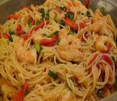 Mostre isso para seus amigos e familiares! Ingredientes: 300g de espaguete 300g de miolo de camarão Sal e pimenta 1 colher (sopa) de azeite 2 dentes de alho 1/2 cebola 4 colheres (sopa) de salsa picada 100ml de vinho branco 8 colheres (sopa) de polpa de tomate 1 malagueta seca Modo de preparo: Leve …