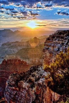 Amazing clouds at sunrise, Grand Canyon