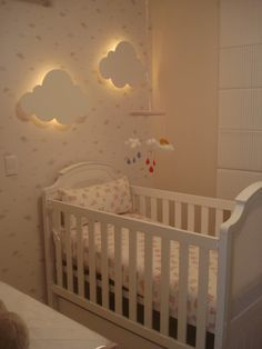Baby Room: Clouds: ideas and ideas for making other forms of painted plywood .- Bebek Odası: Bulutlar: boyalı kontrplak diğer formları yapmak için fikir ve… Baby Room: Clouds: painted plywood other … - Baby Bedroom, Baby Boy Rooms, Nursery Room, Girl Nursery, Girls Bedroom, Nursery Decor, Nursery Ideas, Bedroom Ideas, Room Baby