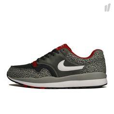 Nike Air Safari mttlc silver