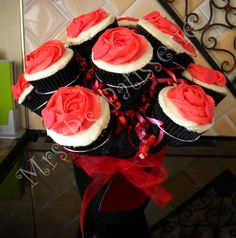 My client proposed with this cupcake bouquet and the lady said YES!!