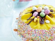 påsktårta baka tårta pask påskmat dekorera tips ide inspiration duka