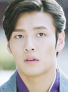 강하늘, 달의연인 보보경심려 3-4회 왕욱 : 네이버 블로그 Scarlet Heart Ryeo, Kang Haneul, Kdrama Actors, Moon Lovers, Cute Anime Guys, Korean Drama, Celebs, Kpop, Dramas