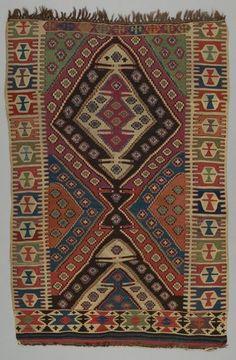 rug kilim  DATE:1880 - 1900 DIMENSIONS:L 174 cm x W 110 cm