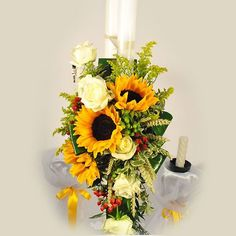 Lumanare cununie/botez doar pe 123flori Wedding Decorations, Table Decorations, Candels, Cut Flowers, Nasa, Horsehair, Sunflowers, Floral Arrangements, Wedding Decor