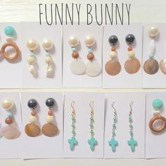オーダーありがとうございました 明日は、ピアス撮影のお仕事✨ 楽しみ〜 #funnybunny#handmad#アクセサリー#ピアス#イヤリング#ターコイズピアス#ウッドピアス#シェル Bead Crafts, Jewelry Crafts, Diy And Crafts, Handmade Accessories, Fashion Accessories, Handmade Jewelry, Diy Earrings, Pearl Earrings, Shell Jewelry