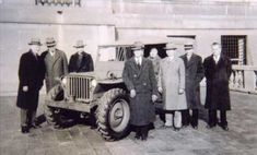 This very rare photo, shows you the MLW-2 with Willys factory staff and as you can see from the person leaning against the front wing, the MLW-2 is a lot taller than the standard Willys MB! The caption on this original photos says 'W.O. ENG. NO. 1849-1-12-44.