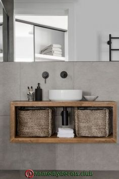 Best Free of Charge Bathroom Sink and vanities Ideas Toilet sinks/wasbasins come in many different installing options. Most of these option is as different as thei. Diy Bathroom Decor, Bathroom Interior Design, Bathroom Furniture, Bathroom Storage, Modern Bathroom, Bathroom Ideas, Bad Inspiration, Bathroom Inspiration, Guest Bathrooms