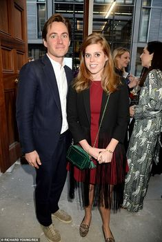 Princess Beatrice and her boyfriend Edoardo Mapelli Mozzi, pictured together, attended the art show together. Artworks being displayed will later be auctioned off to raise money to help mitigate human-wildlife conflict in Asia Princesa Beatrice, Princess Eugenie And Beatrice, Princess Diana, Duchess Of York, Duke Of York, Sarah Ferguson, British Royal Families, House Of Windsor, Prince Andrew