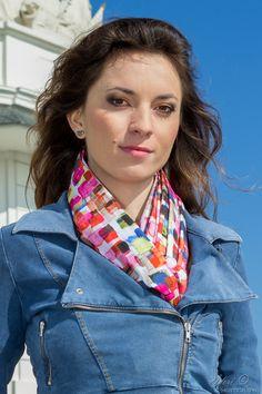 Artisara vegan scarf SQUARE² made of 100% cotton batiste, made in Europe. www.artisara.com