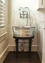 Oh I how I would love this in my laundry room.... If only I had room, dangit.