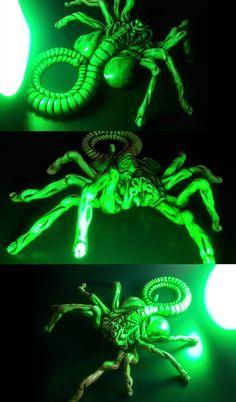 facehugger glow by pnutink on DeviantArt