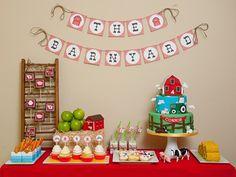 A barnyard birthday bash! Birthday Party Desserts, 1st Birthday Party Themes, Farm Birthday, 1st Birthday Parties, Birthday Ideas, Tractor Birthday, Birthday Table, Birthday Decorations, Table Decorations