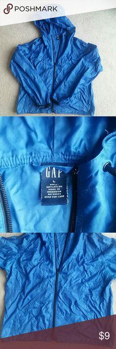 "Windbreaker jacket Lightweight windbreaker/raincoat.Full zip with a hood. 21.5""armpit to armpit. 22"" armpit to end of sleeve. GAP Jackets & Coats Utility Jackets"