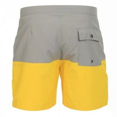 MID-LENGTH COLOR BLOCK NYLON BOARDSHORTSEnnis color blocks nylon Boardshorts, fixed waist with drawstring and Velcro fly a back pocket with snap button, lined interior, Saturdays Surf NYC label sewn on the bottom. COMPOSITION: 100% NYLON. Our model wears size 32, he is 189 cm tall and weighs 86 Kg.