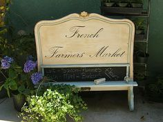 Sweet idea ~ Headboard chalkboard. She even glued a piece of molding to the eraser for a handle.