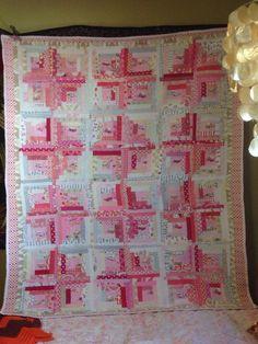 HR van pink log cabin quilt