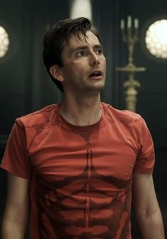 David Tennant - Hamlet...Doctor Who ..  http://www.pinterest.com/cwsf2010/doctor-who/