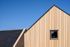 Siberian Larch (SILA) is a popular timber cladding choice for its aesthetic beauty, excellent durability, high density & impressive lifespan. Wooden Cladding Exterior, Western Red Cedar Cladding, Larch Cladding, Wood Facade, House Cladding, Facade House, Hardwood Decking, Timber Deck, Timber Flooring
