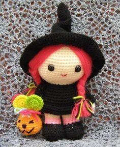 Amigurumi Crochet Blog about Human Dolls - Crochet Me