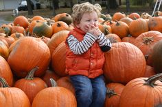The cutest kid at the pumpkin patch ❤️