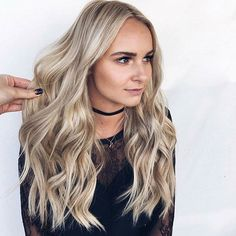 Well Good Morning Beautiful!!! Another GORGEOUS blonde by our Crista @hairbycrista on the CUTEST @shanyaleilani -  you look like amand-    amanda from the bachelor?   every time ♀️ -