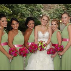 Love the brides maids dresses!!!! Love the color