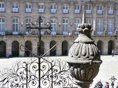 s Buddha, Statue, Mansions, House Styles, Home Decor, Art, Santiago De Compostela, Art Background, Decoration Home
